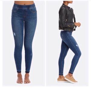 Spanx distressed raw hem skinny jeans medium m
